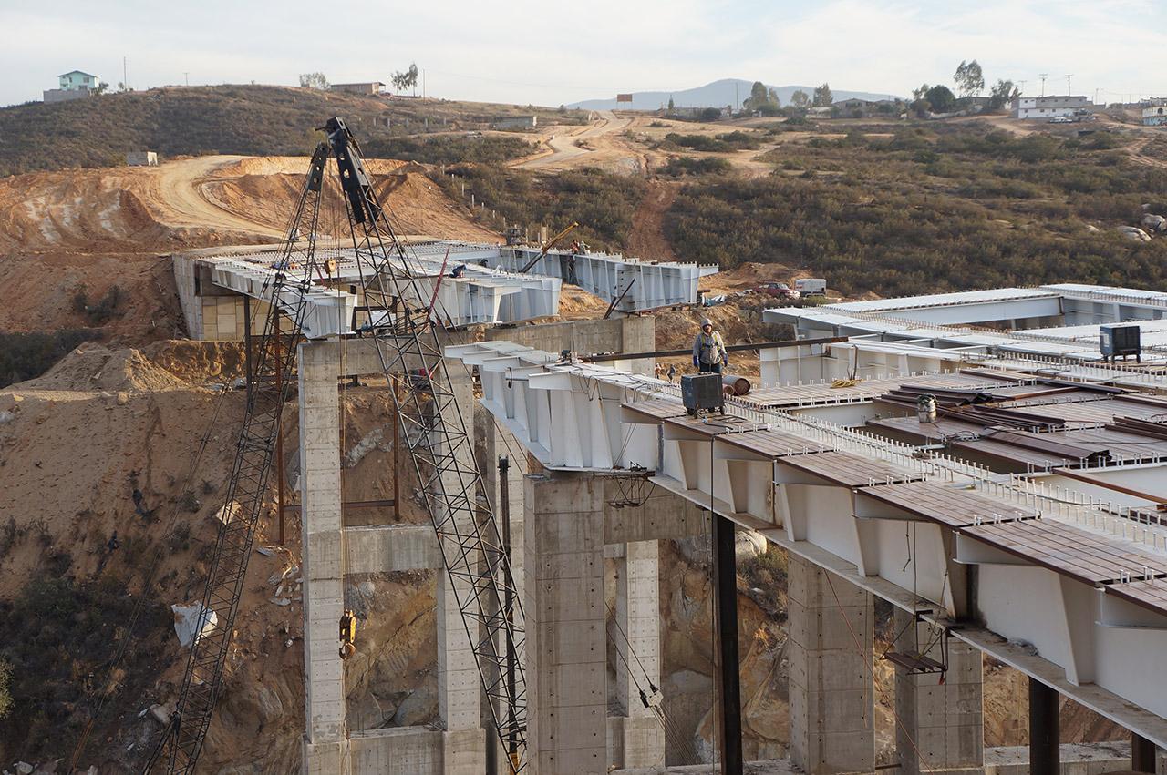 puente-colinas-del-rey-4